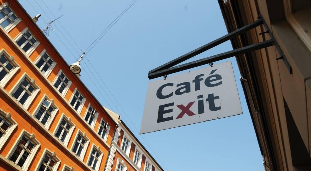 cafe-exit